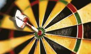 A-dart-in-the-bullseye-of-008